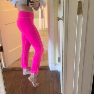 Lululemon hot pink 7/8 cropped leggings size 6